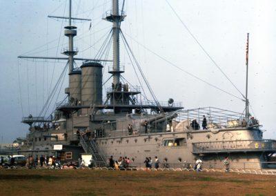 Japanese_battleship_Mikasa_in_Yokohama